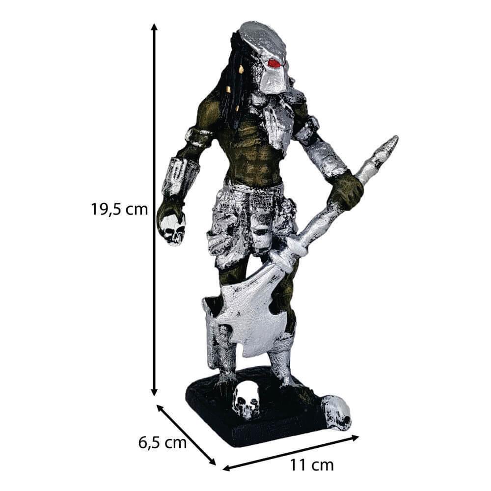 Boneco Predador com machado Pequeno