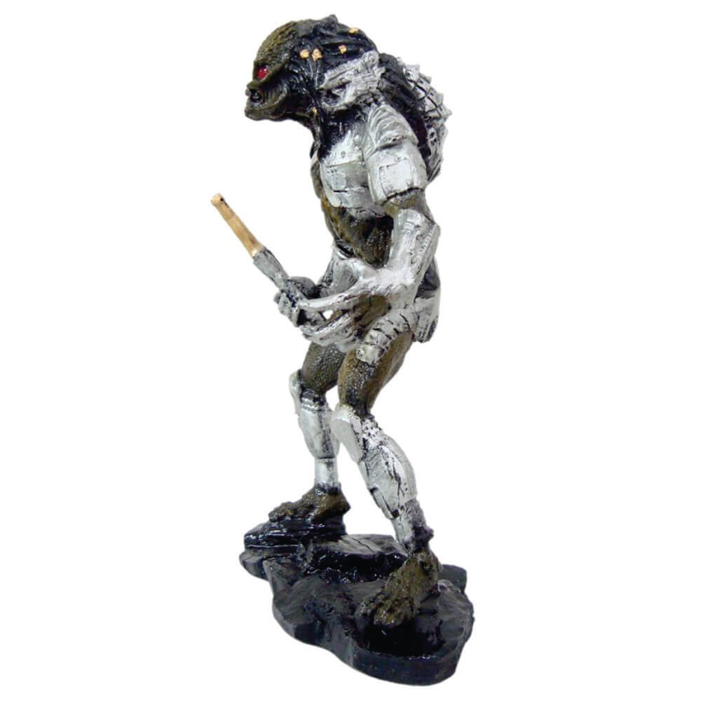 Boneco principal do Filme o Predador com espada pequeno