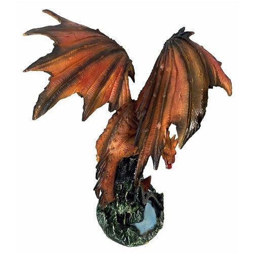 Dragão Medieval  na Torre Gigante Game Of Thrones Drogon Smaug