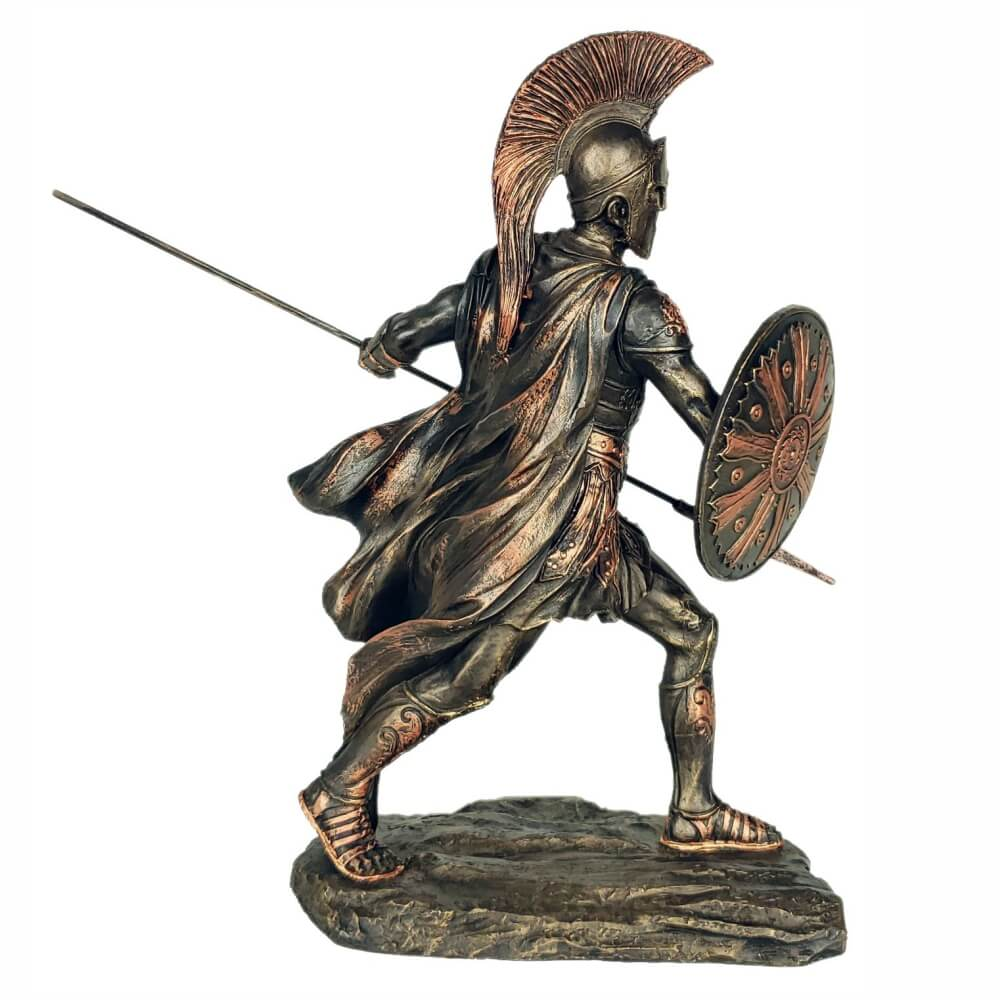 Escultura Aquiles Guerreiro com escudo e lança grande.