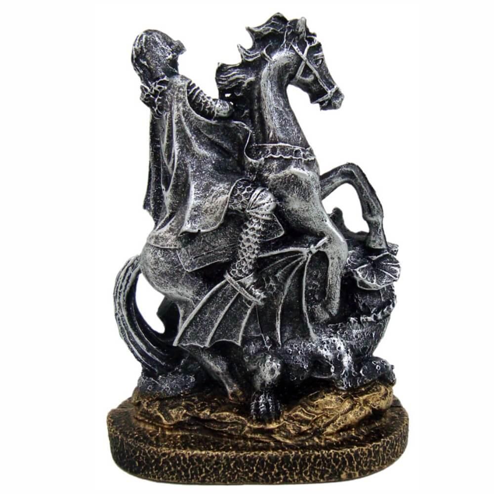 Estátua São Jorge com Cavalo e Dragão Decorativo cor prata.