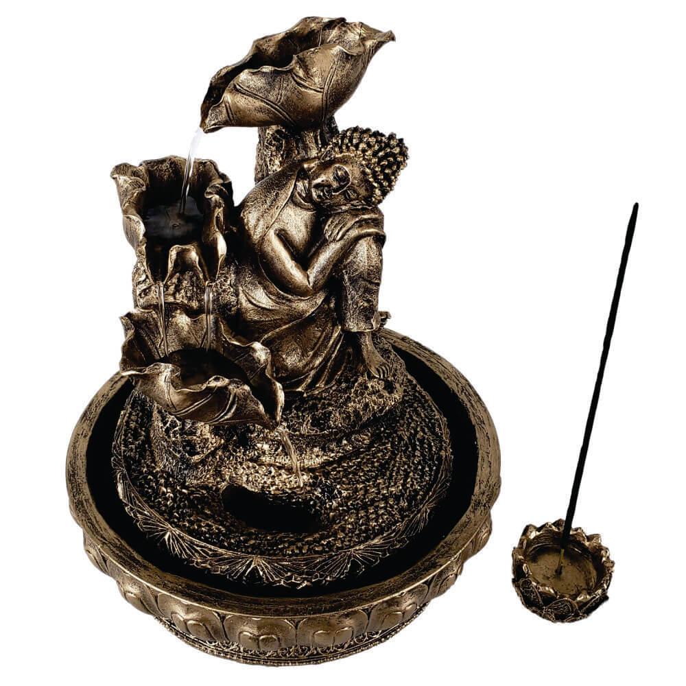 Fonte de água Buda cascata sonhador com incensário.