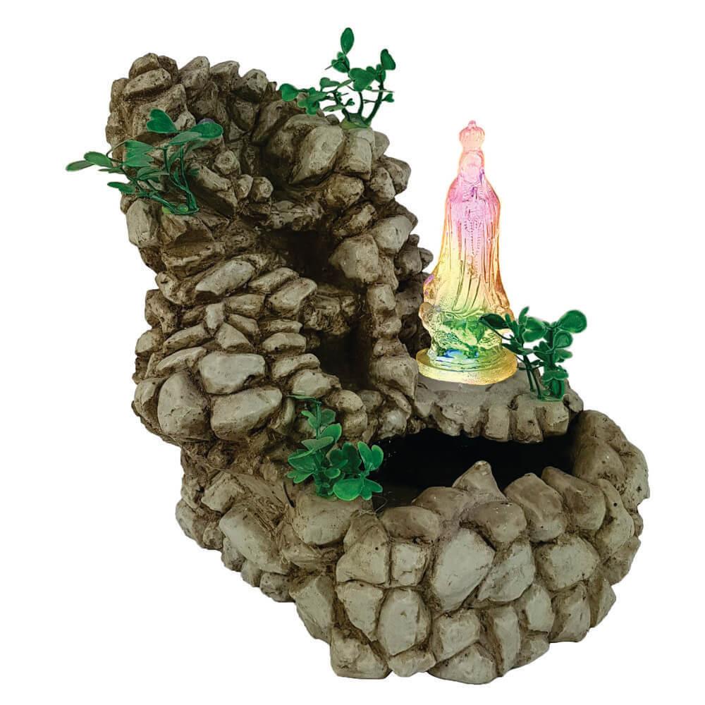 Fonte de água Cascata de pedras Nossa Senhora de Fátima.