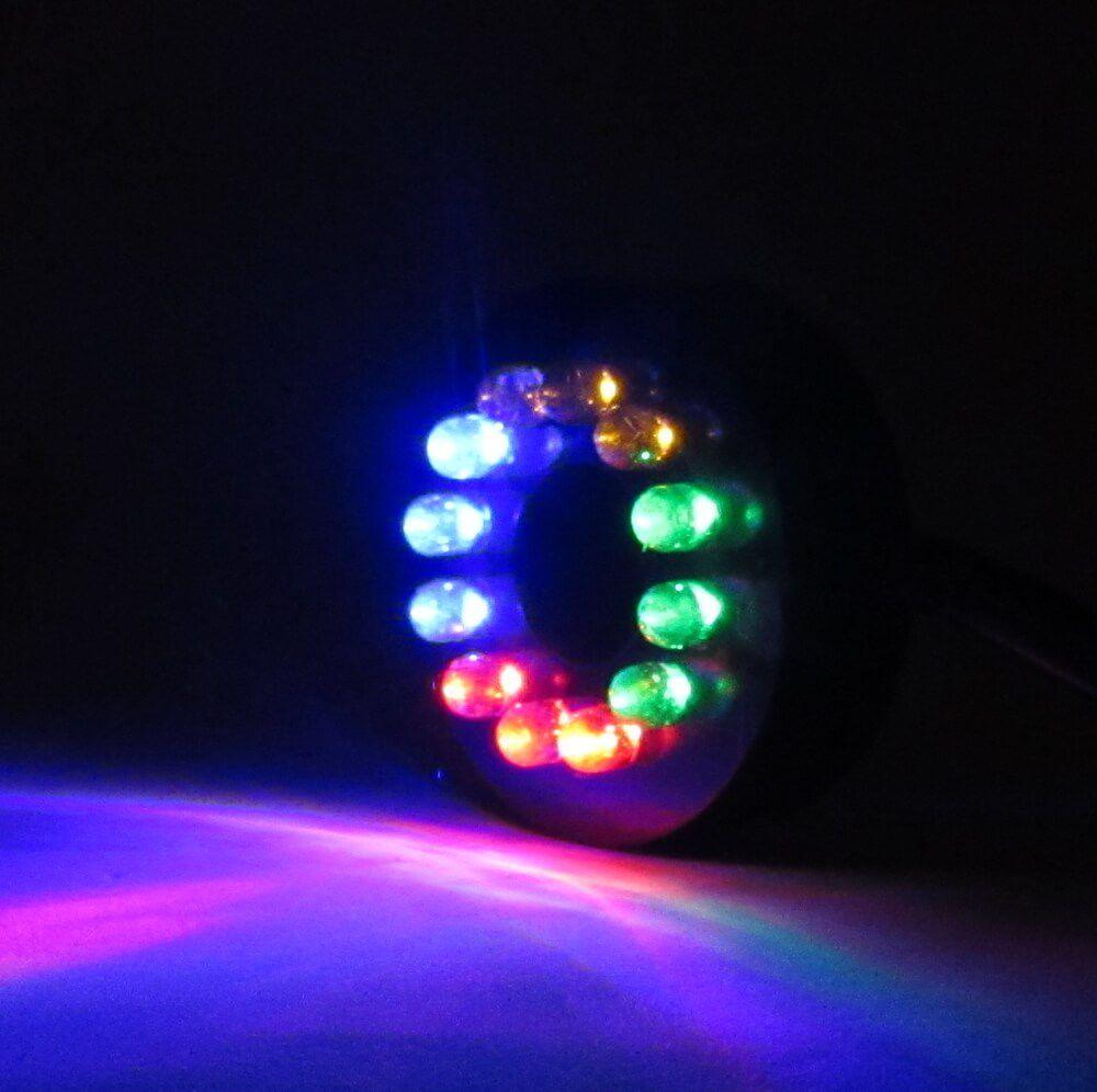 Luz colorida grande para aquário ou fonte de água submersa.