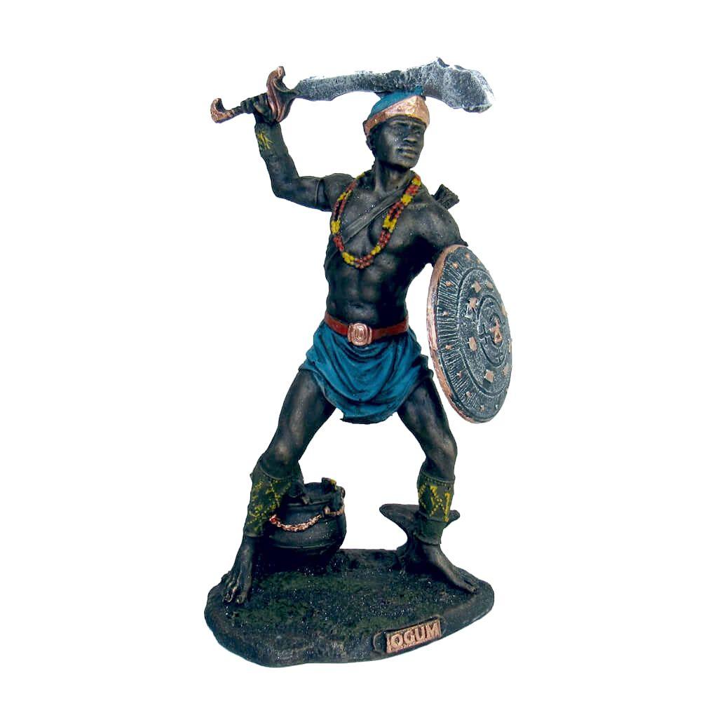 Orixá Ogum estátua umbanda candomblé.