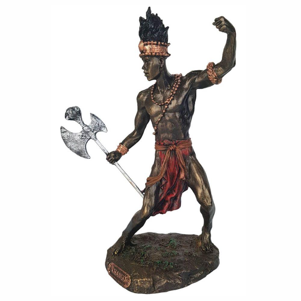 Orixá Xangô estátua umbanda candomblé.
