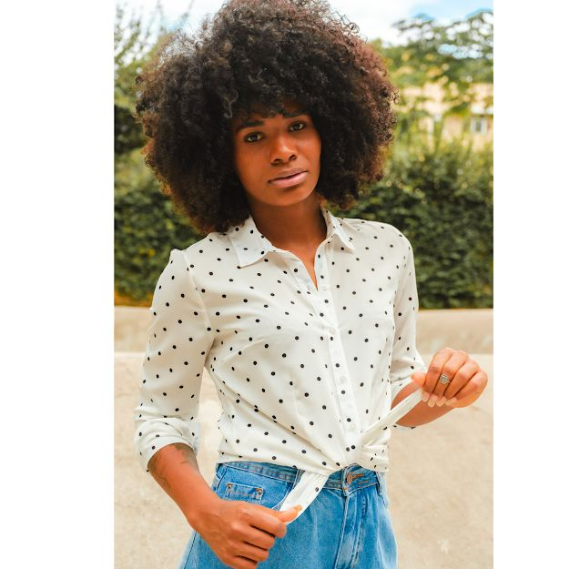 Camisa Feminina Social Manga Longa Branca com Poás