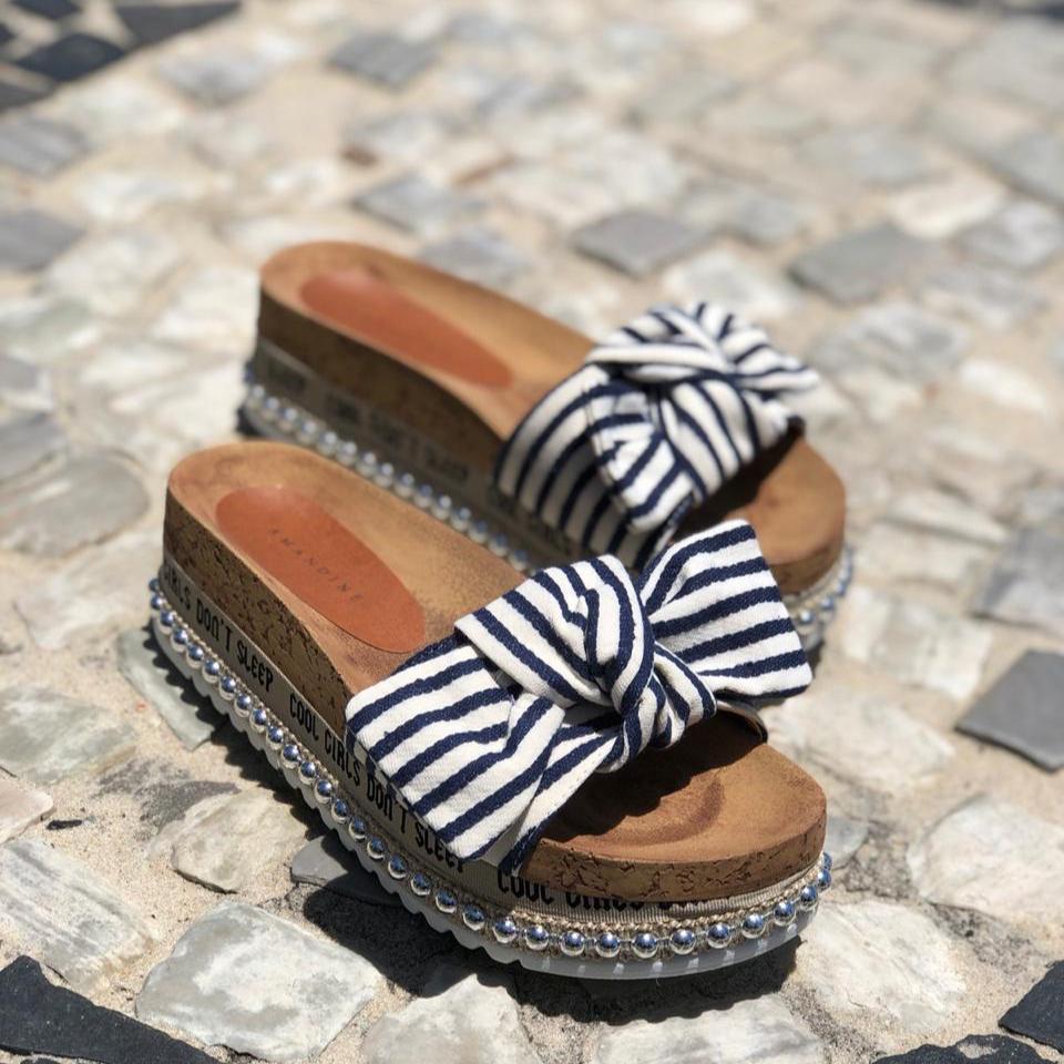 22de668729 Tamanco Marbella AzulSandáliasAmandine Shoes