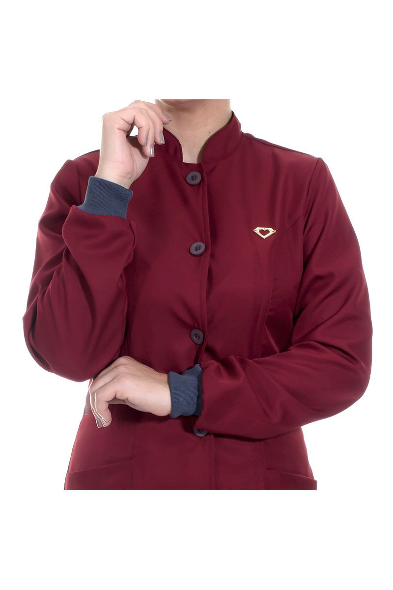 Jaleco feminino gola de padre e detalhes coloridos - Modelo Elegans Bordô