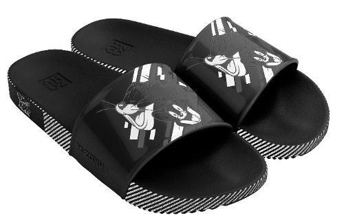8990e15aa Chinelo Sandália Zaxy Coleção Warner Slide Tom,jerry, Frajol - Bao Shop