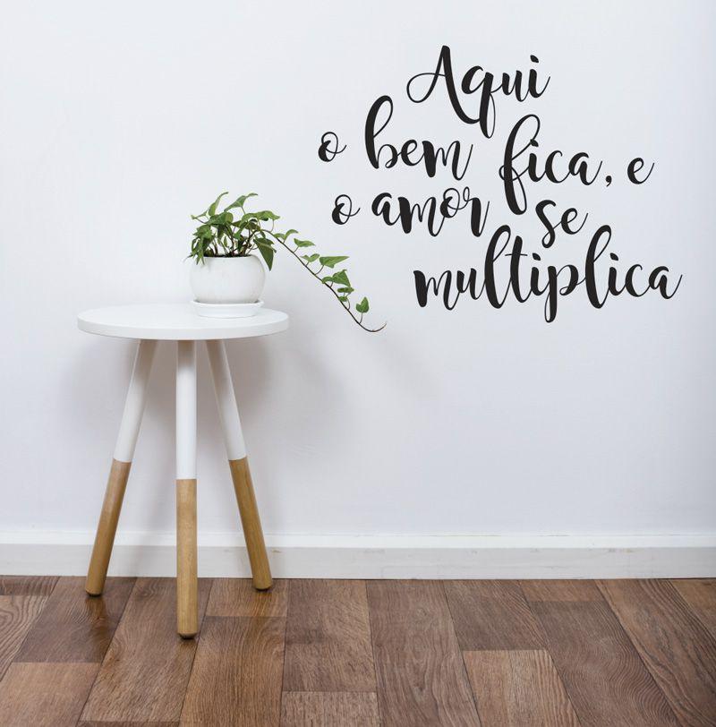 Adesivo Decorativo Frase - Aqui o Bem Fica