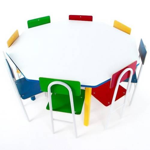 Mesa Oitavada Com 8 Cadeiras De Ferro  - Alegria Brinquedos