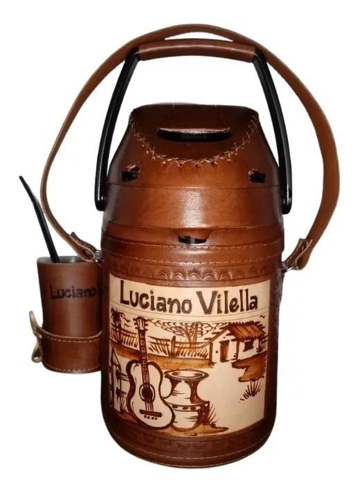 Garrafa Térmica Inox em couro 2,5 L (Chimarrão,tererê,café) + Personalização a Laser