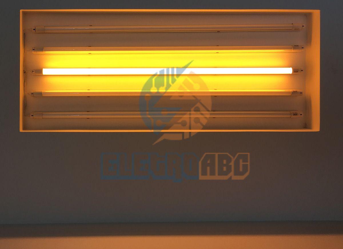 Lâmpada LED T8 sem calha 120 cm 18 W AMARELO Leitoso vidro