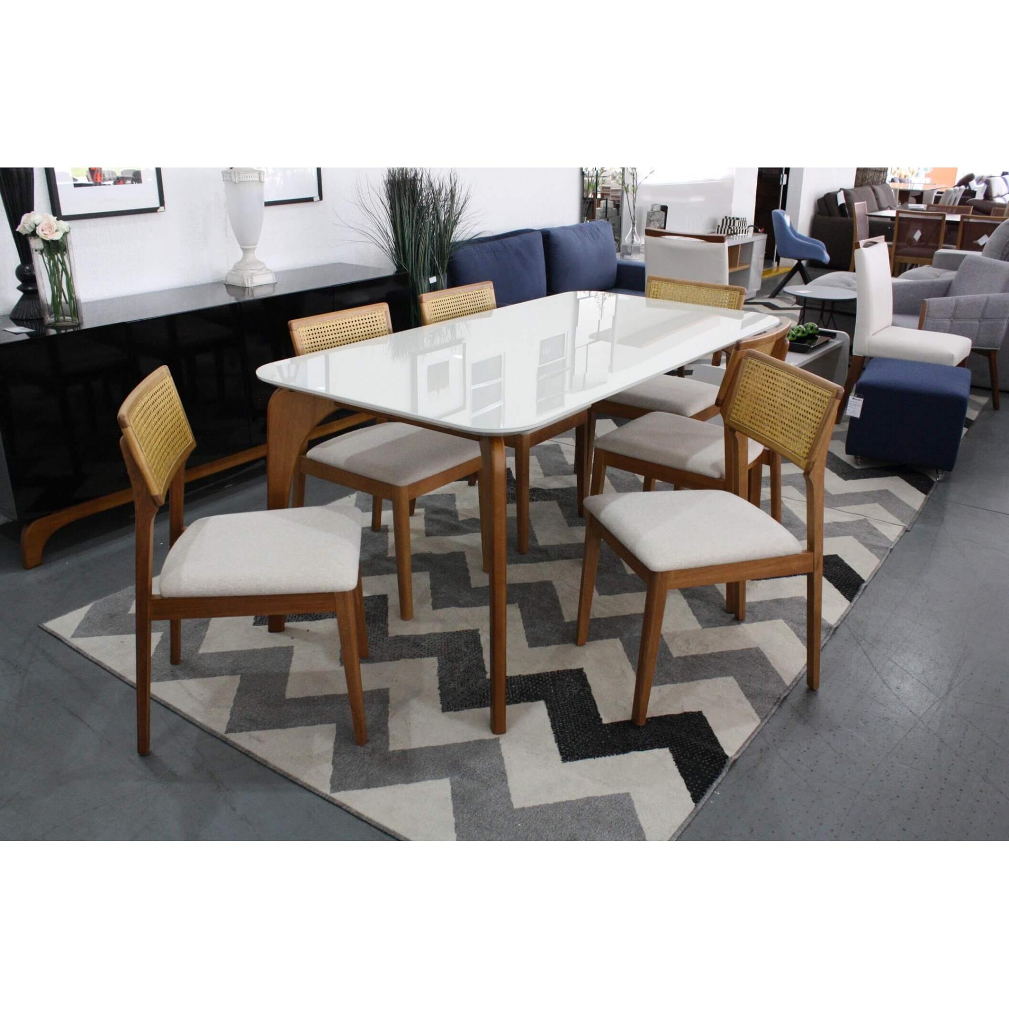 Conjunto Mesa de Jantar Euro com 6 Cadeiras Ryva