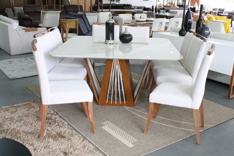 Conjunto Mesa de Jantar Quadrada Califórnia com 8 Cadeiras Lara