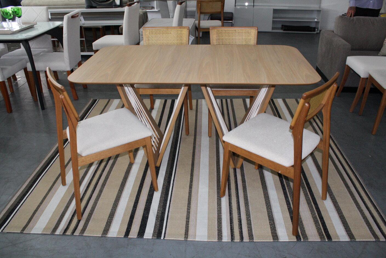 Conjunto Mesa de Jantar Retangular Califórnia Freijó com 4 Cadeiras Ryva