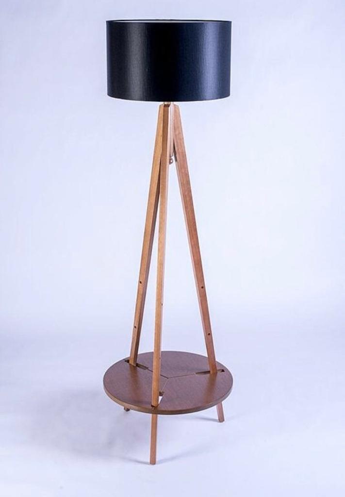 Luminária de Piso Eva com Tampo Regulavel