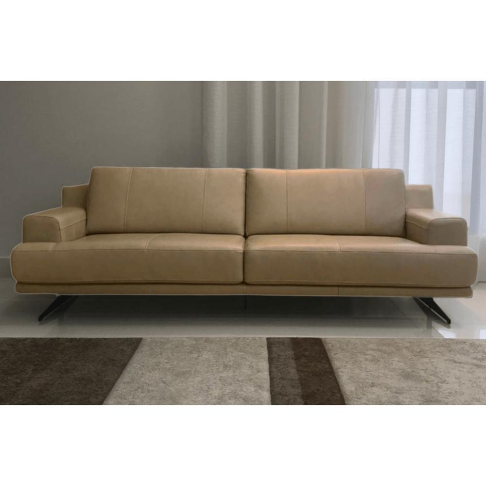 Sofá de Couro 4 Lugares 248cm Fendi - Dunna