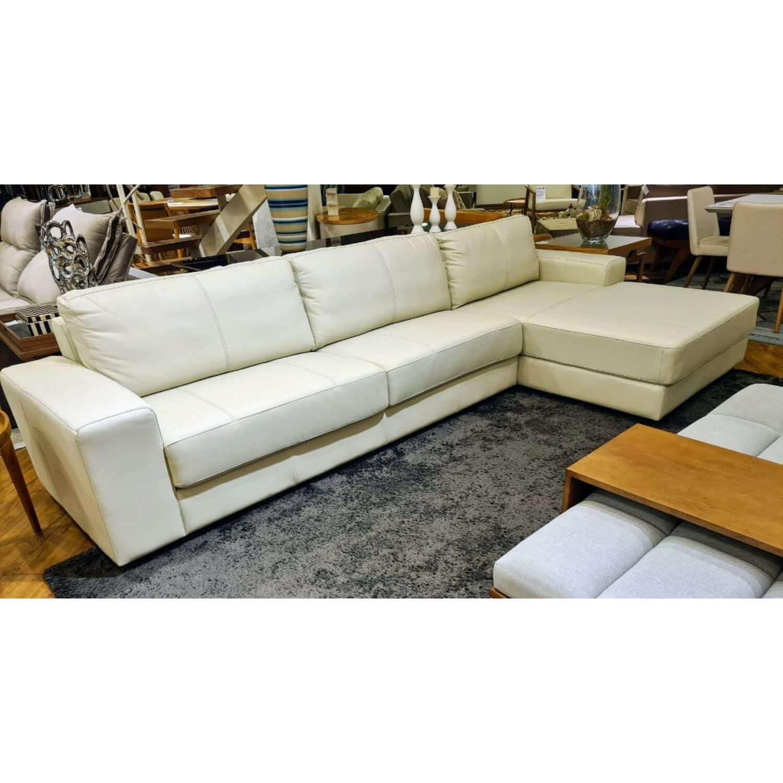 Sofá Chaise de Couro 3 Lugares 320cm Canadá Off White Com Costura Cinza LE