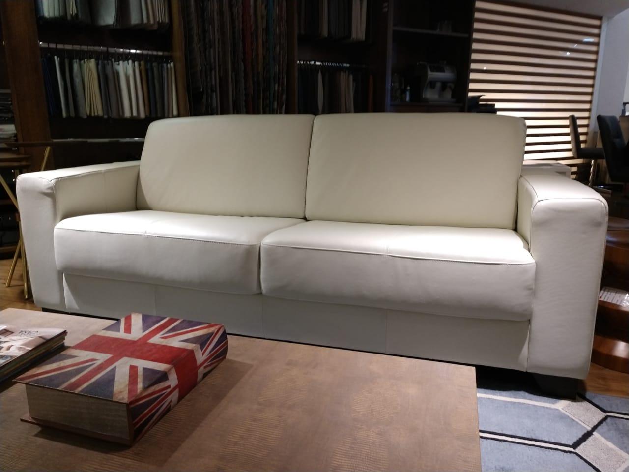 Sofá 3 lugares de Couro 205 cm - Napoli Branco