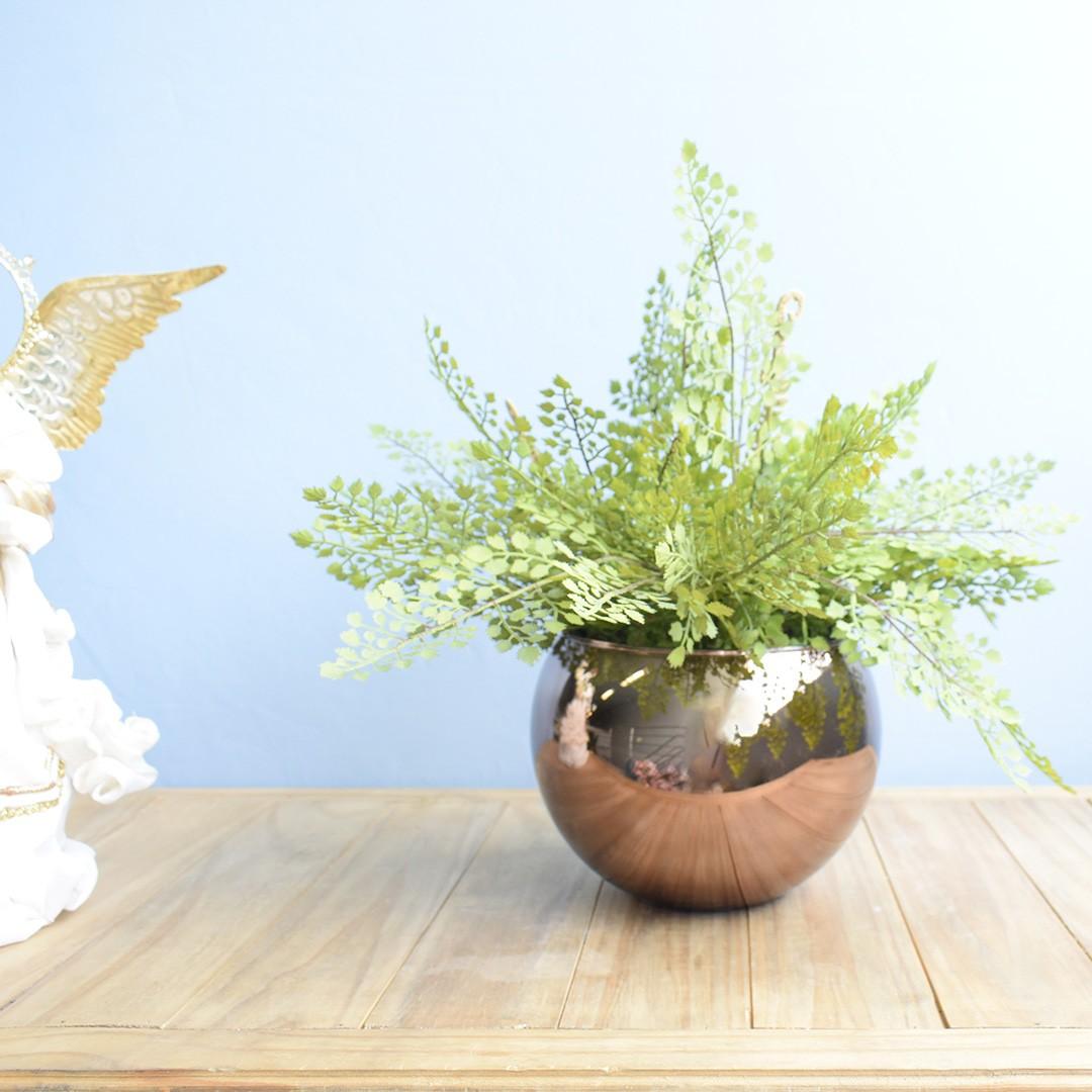 Arranjo de Avencas Artificial no Vaso Bronze Grande | Formosinha
