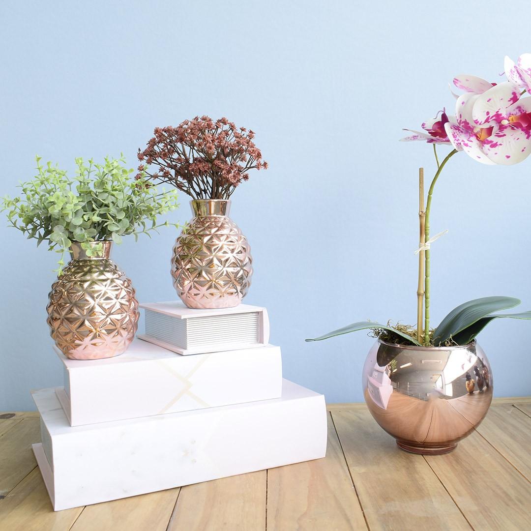 Arranjo Artificial de Eucalipto e Flores do Campo no Vaso Rose Gold  - Kit com Duas Unidades