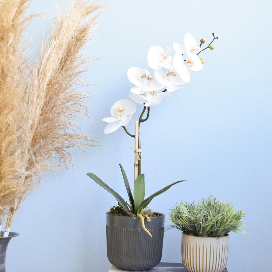 Arranjo de Flor Artificial Orquídea Branca de Silicone no Vaso de Cerâmica Preto | Formosinha