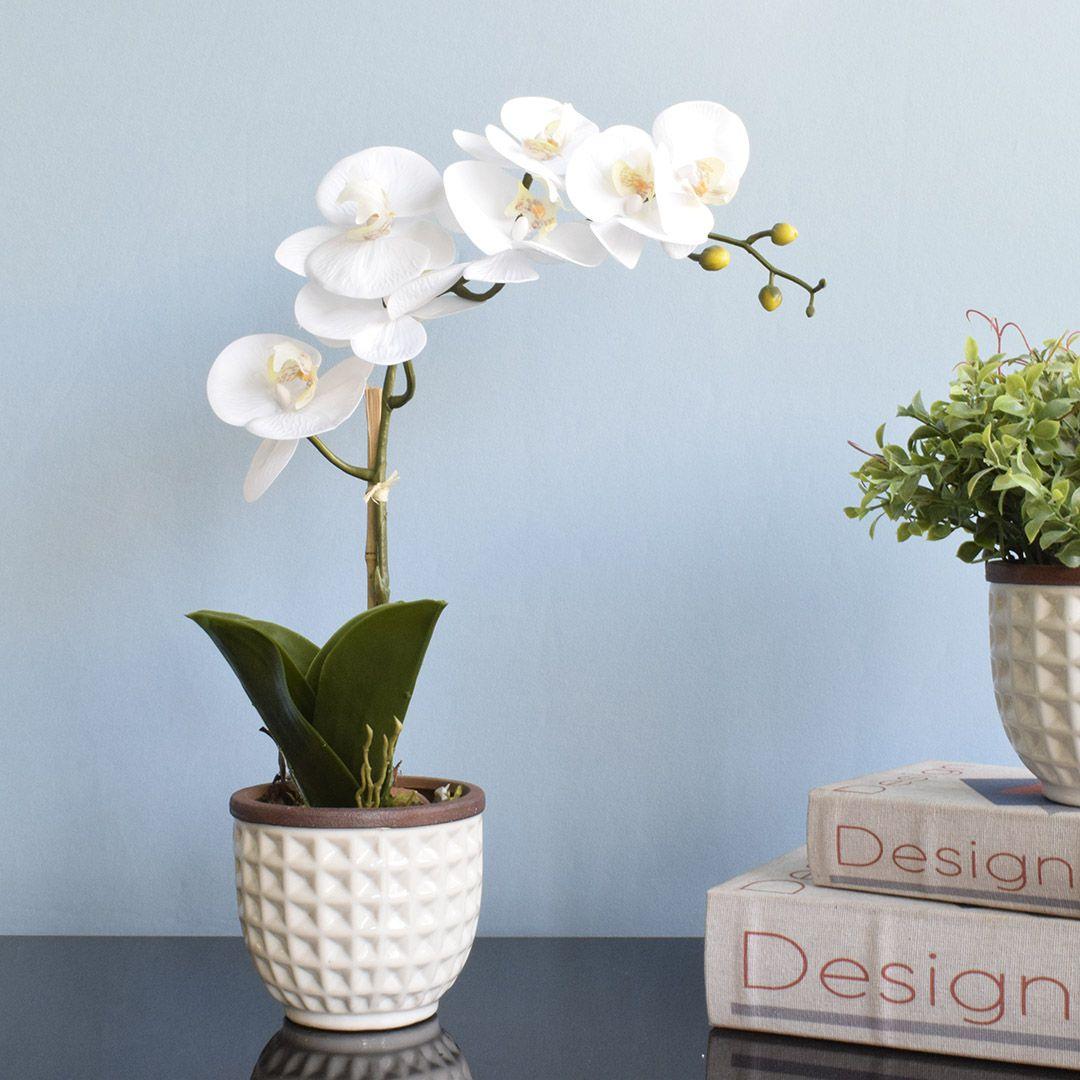 Arranjo de Flor Artificial Orquídea Branca no Vaso de Cerâmica Branco | Linha Casa 255