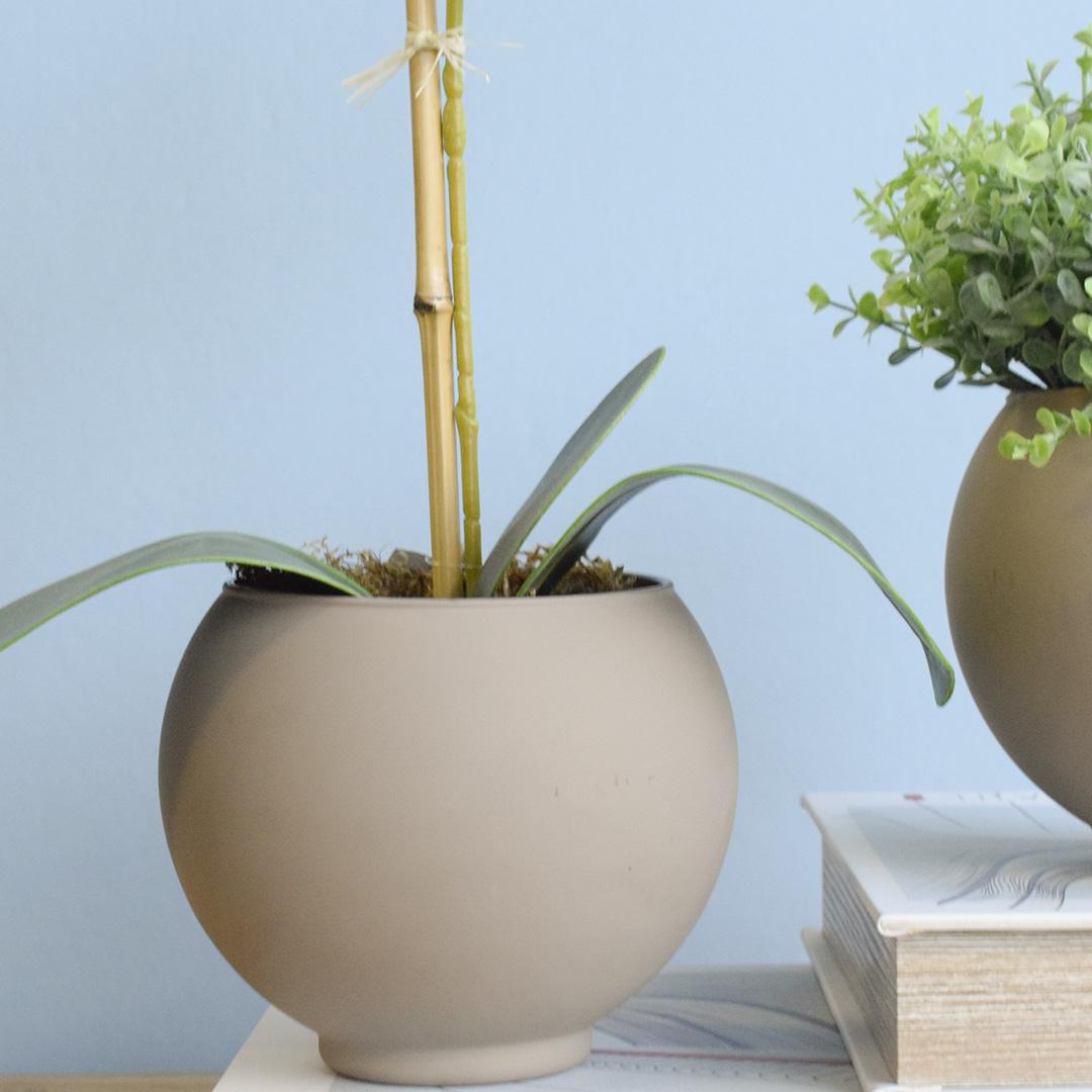 Arranjo de Flor Artificial Orquídea Branca no Vaso de Vidro Fendi Fosco | Linha Permanente Formosinha