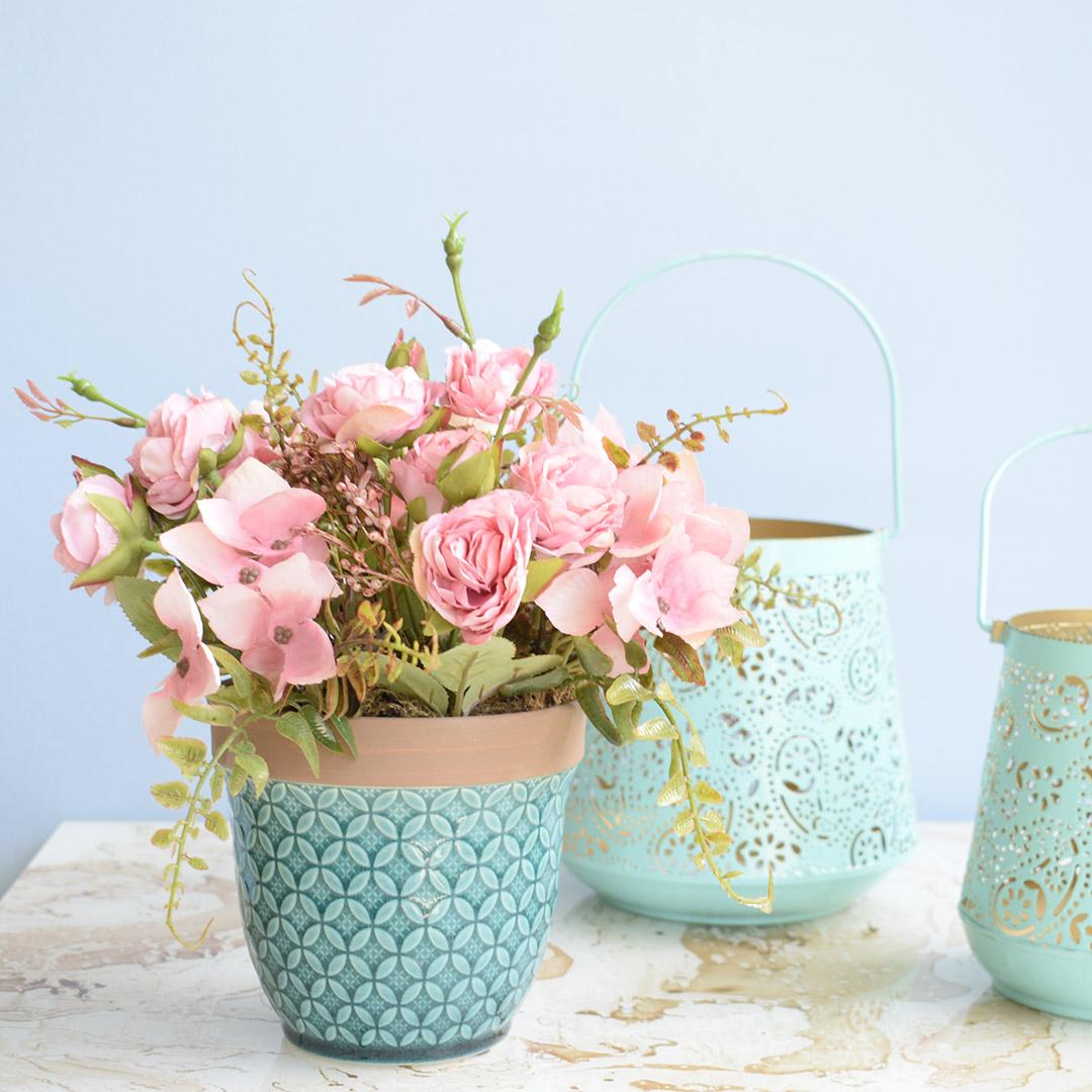 Arranjo de Flor Artificial Rosas Rosa no Vaso Azul Turquesa