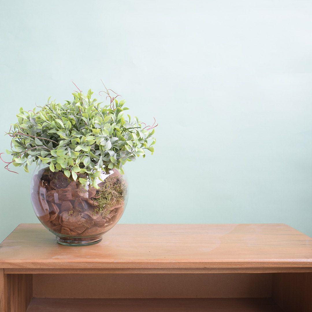Arranjo de Folhagem Artificial no Vaso de Vidro Pequeno|Linha Permanente Formosinha