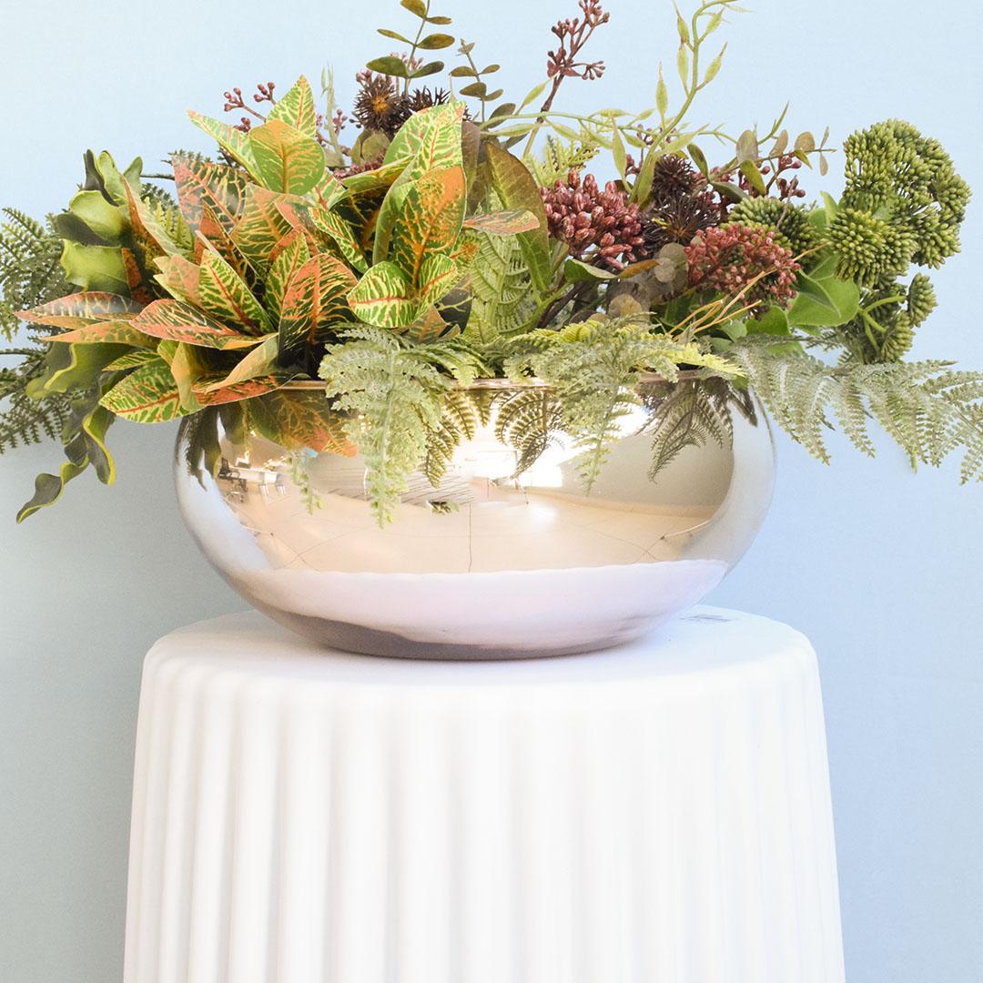 Arranjo de Folhagens Artificiais no Vaso Rose Gold Para Mesa de Jantar