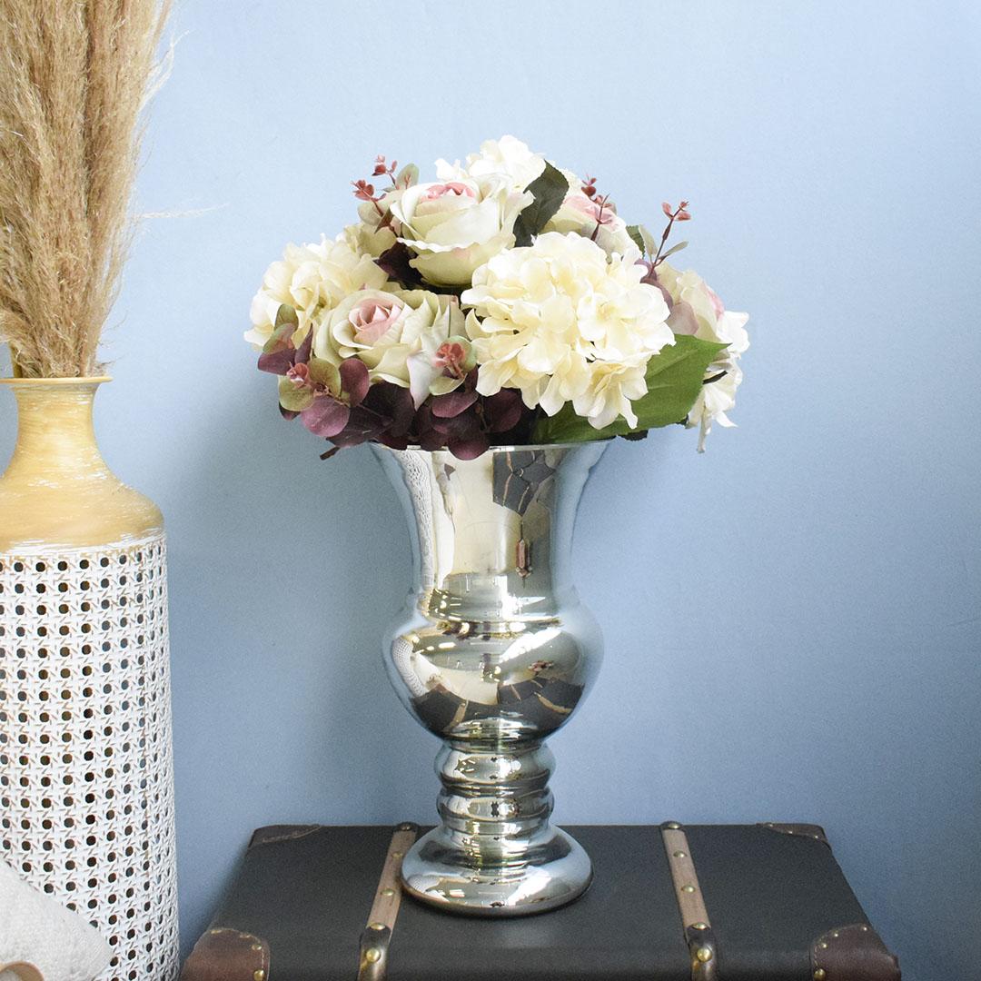 Arranjo de Hortênsias e Rosas Artificial no Vaso Prateado | Formosinha