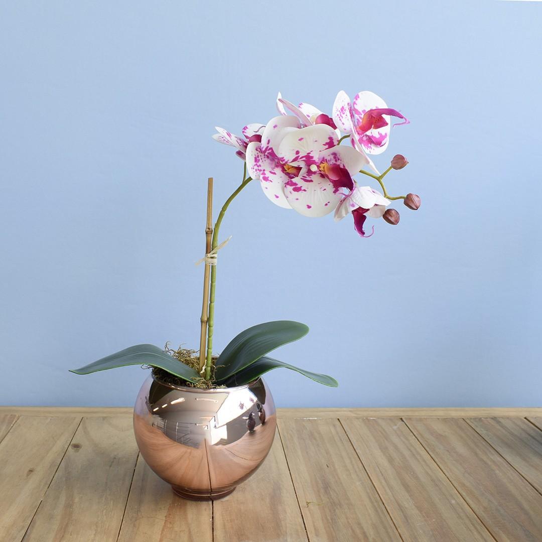 Arranjo de Orquídea Artificial Branca e Rosa no Vaso Rose Gold Pequeno | Linha Permanente Formosinha