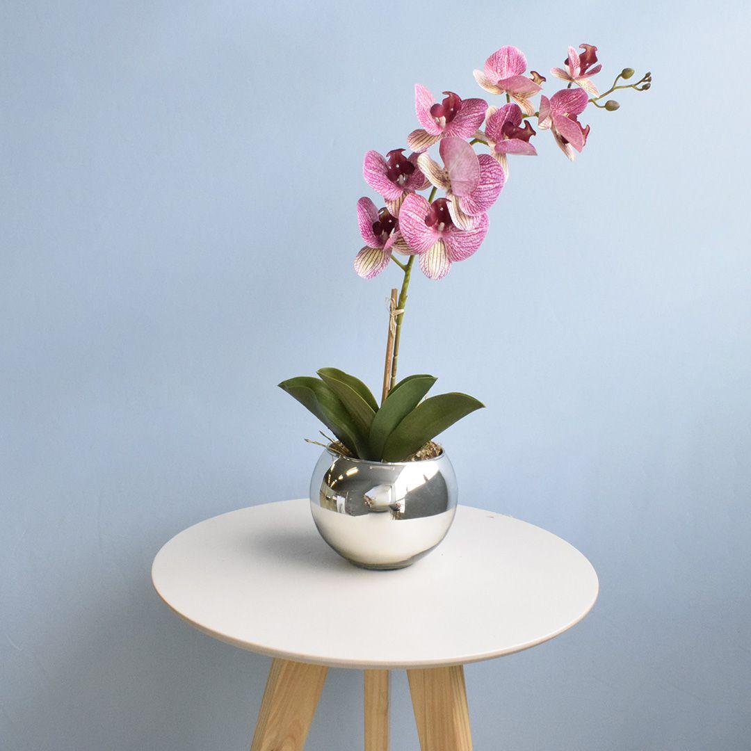 Arranjo de Orquídea Artificial Rosa 3D no Vaso Prateado Médio