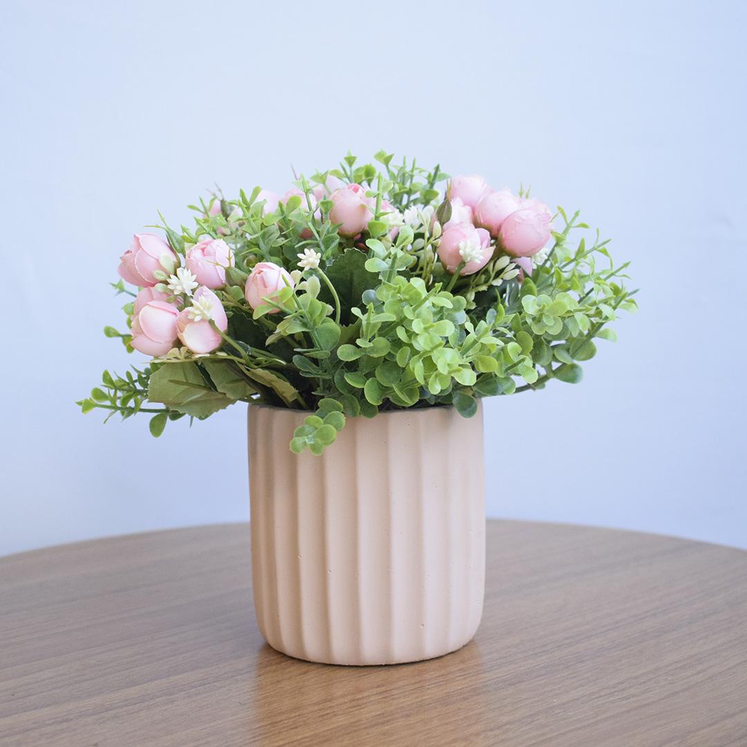 Arranjo de Rosas Artificias no Vaso Canelado Rosa | Linha permanente Formosinha