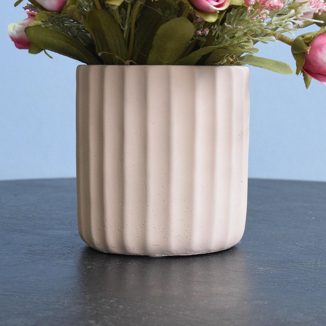 Arranjo de Rosas Artificias no Vaso Canelado Rosa  |Linha permanente Formosinha
