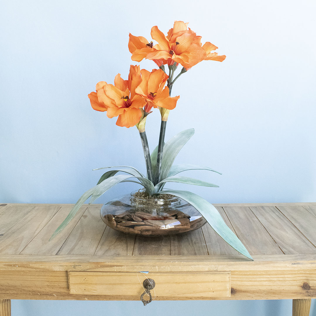 Arranjo de Amarílis Laranja no Vaso Vidro | Flor Artificial Formosinha