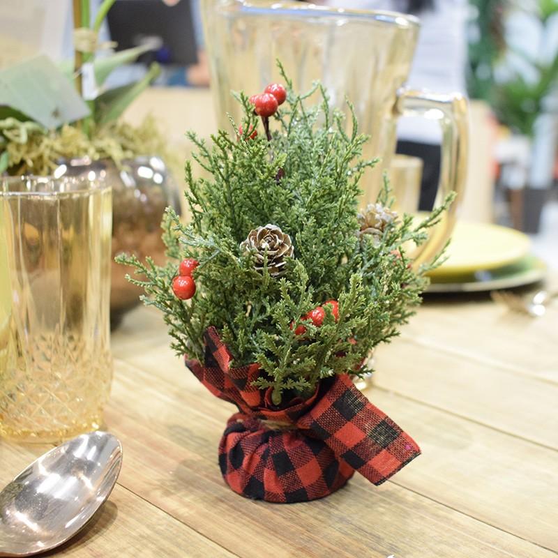 Árvore de Natal Pequena 18cm | Linha Natal Encantado Formosinha