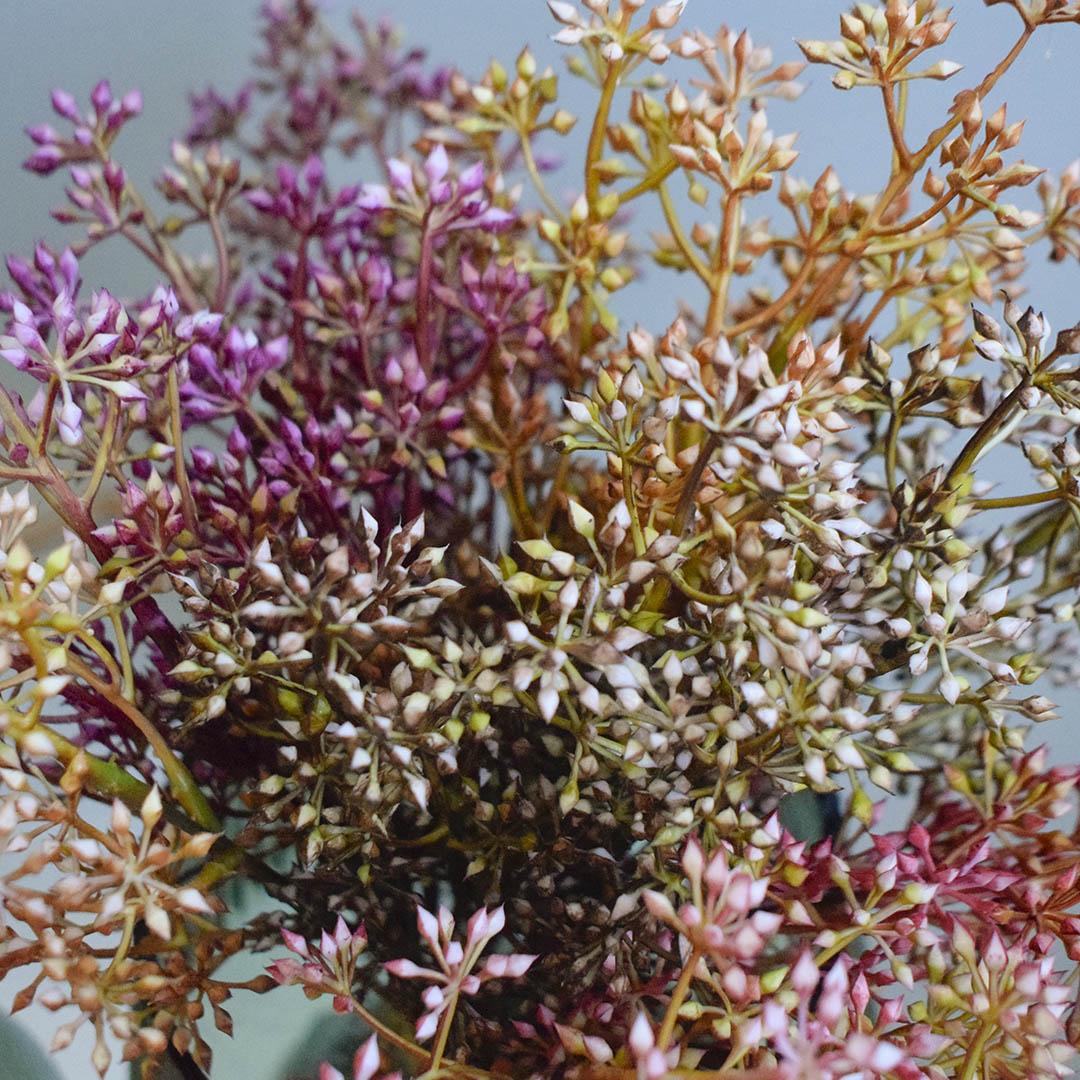 Buquê de Mini Flores Artificiais Coloridas | Formosinha