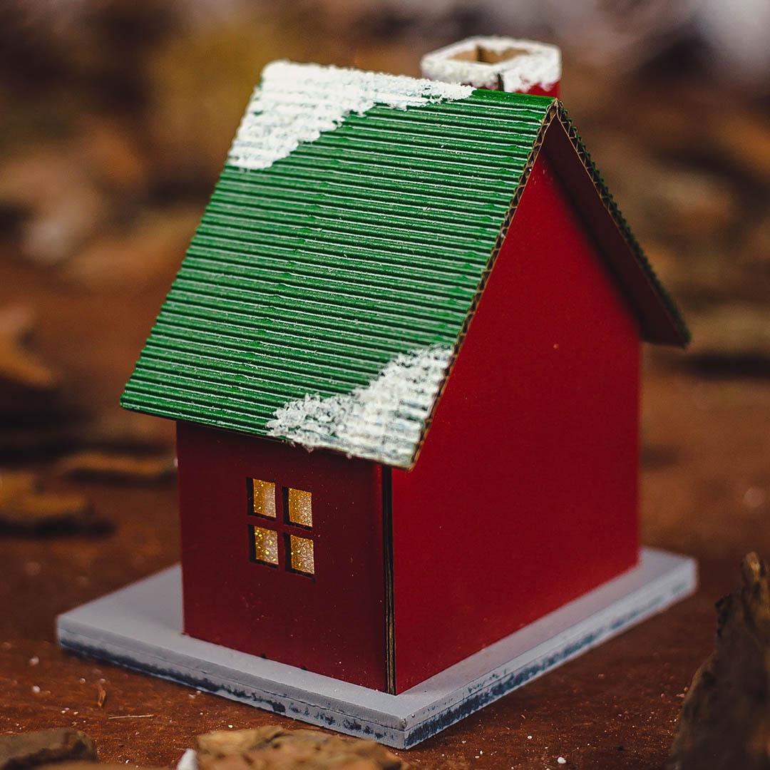 Casinha Decorativa Natalina Vermelha e Verde 11cm | Formosinha