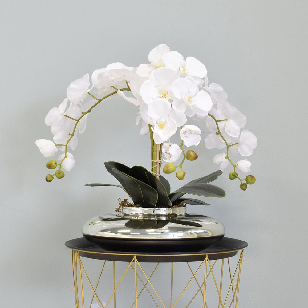 Arranjo de Flores Artificiais | Orquídeas Brancas Artificial no Vaso Terrário Prateado