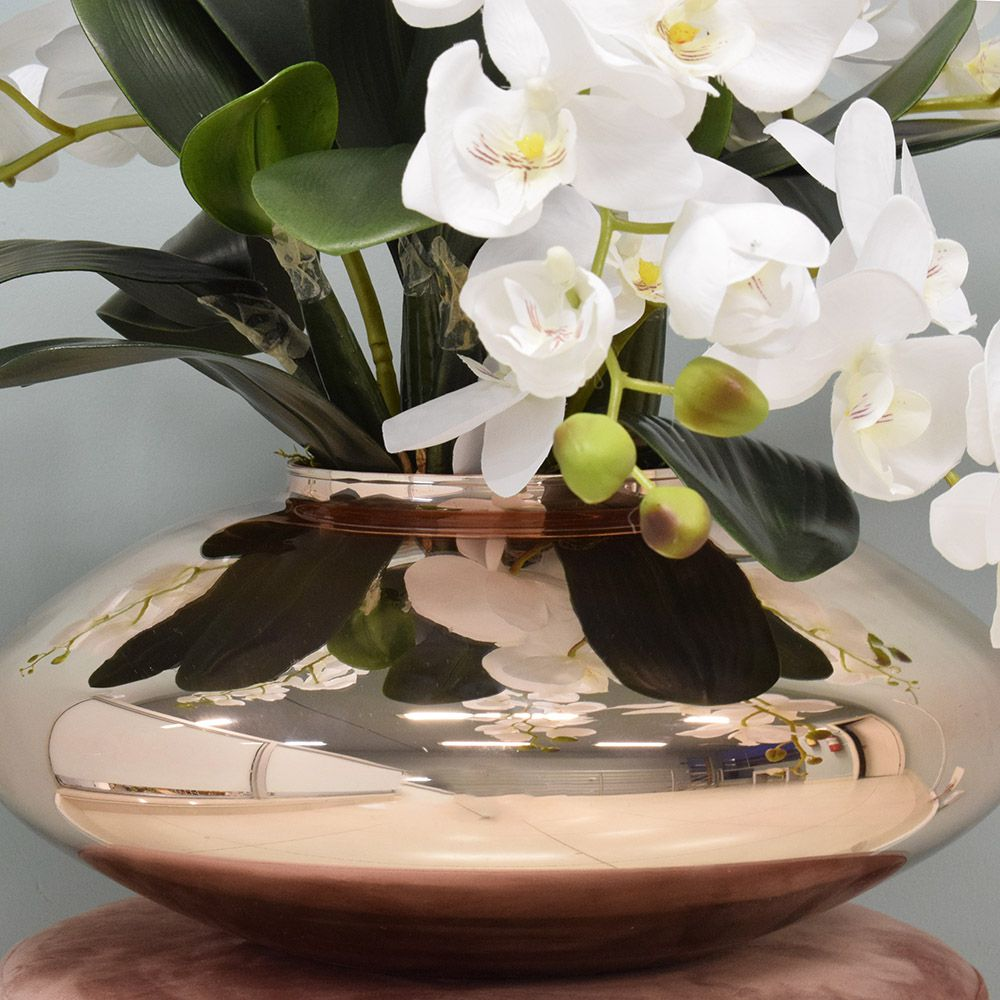 Arranjo de Orquídeas Artificiais Brancas no Vaso Rose Gold