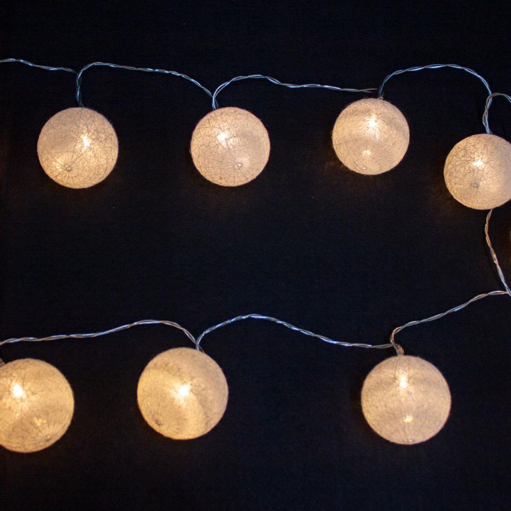 Luminária LED de Bolas com 15 Lâmpadas 2,9m | Formosinha