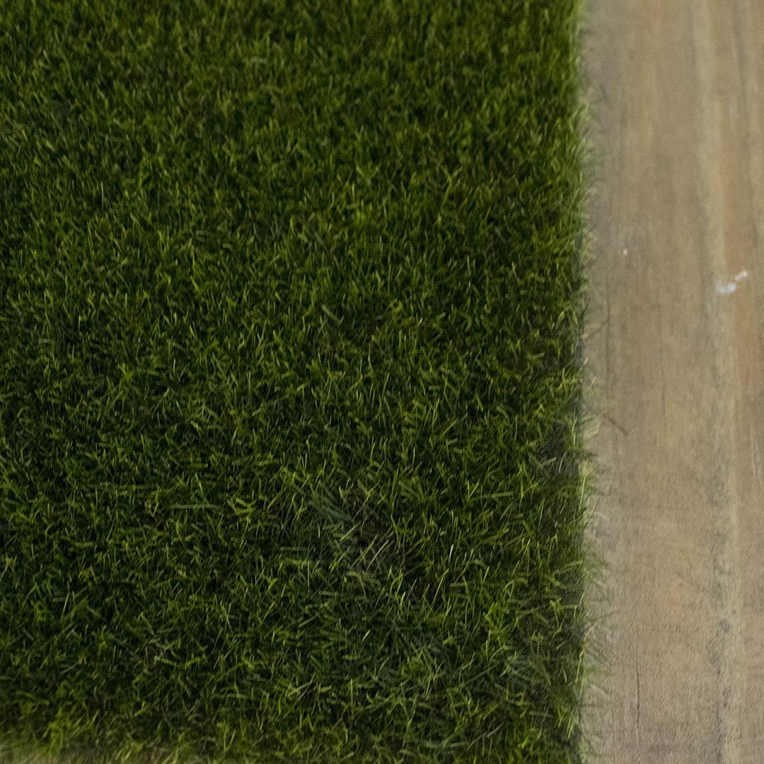 Tapete de Grama Espuma Verde 35x35cm | Linha Permanente Formosinha