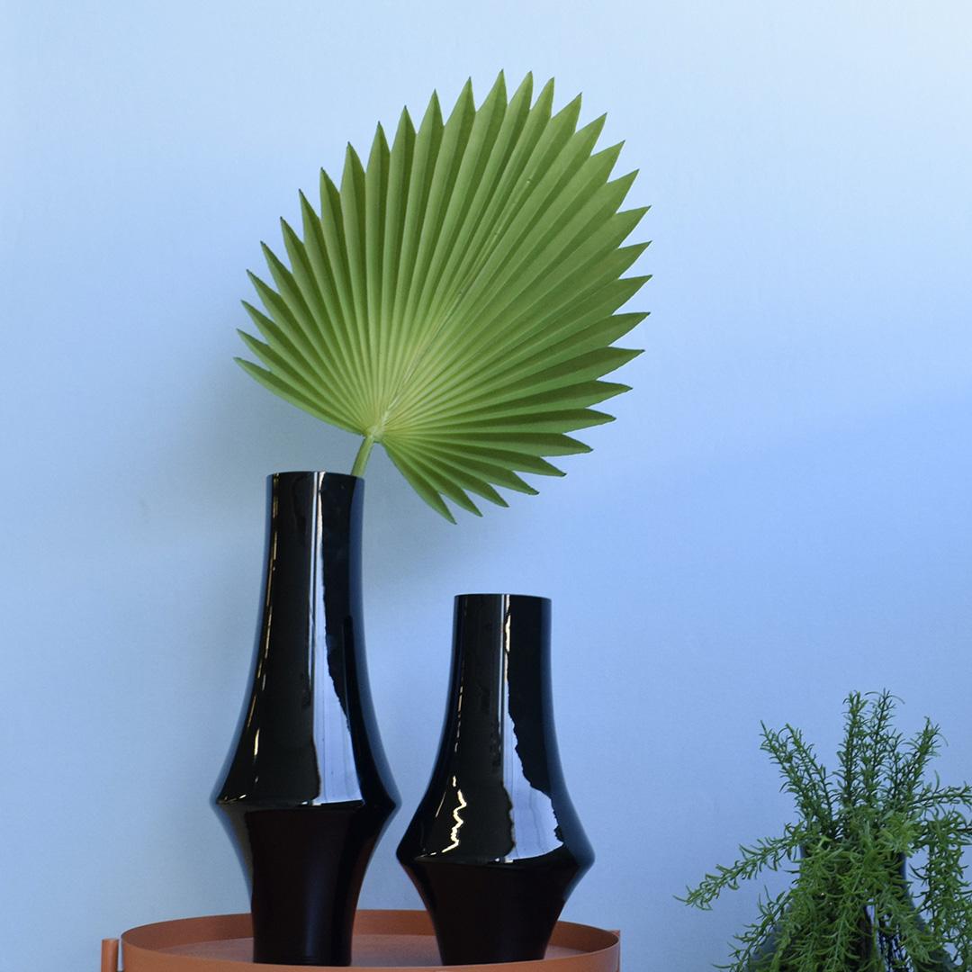 Vaso de Vidro Decorativo Garrafa Preto 30cm | Linha Vasos Decorativos Formosinha
