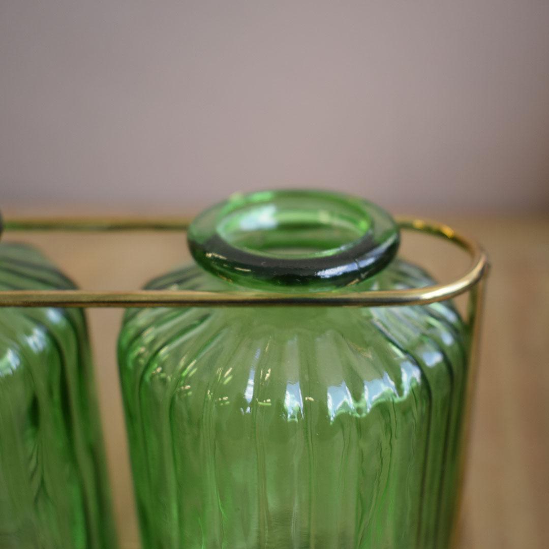 Vasos de Vidro Garrafinhas Verde no Suporte de Metal Dourado   Linha Decorações Formosinha