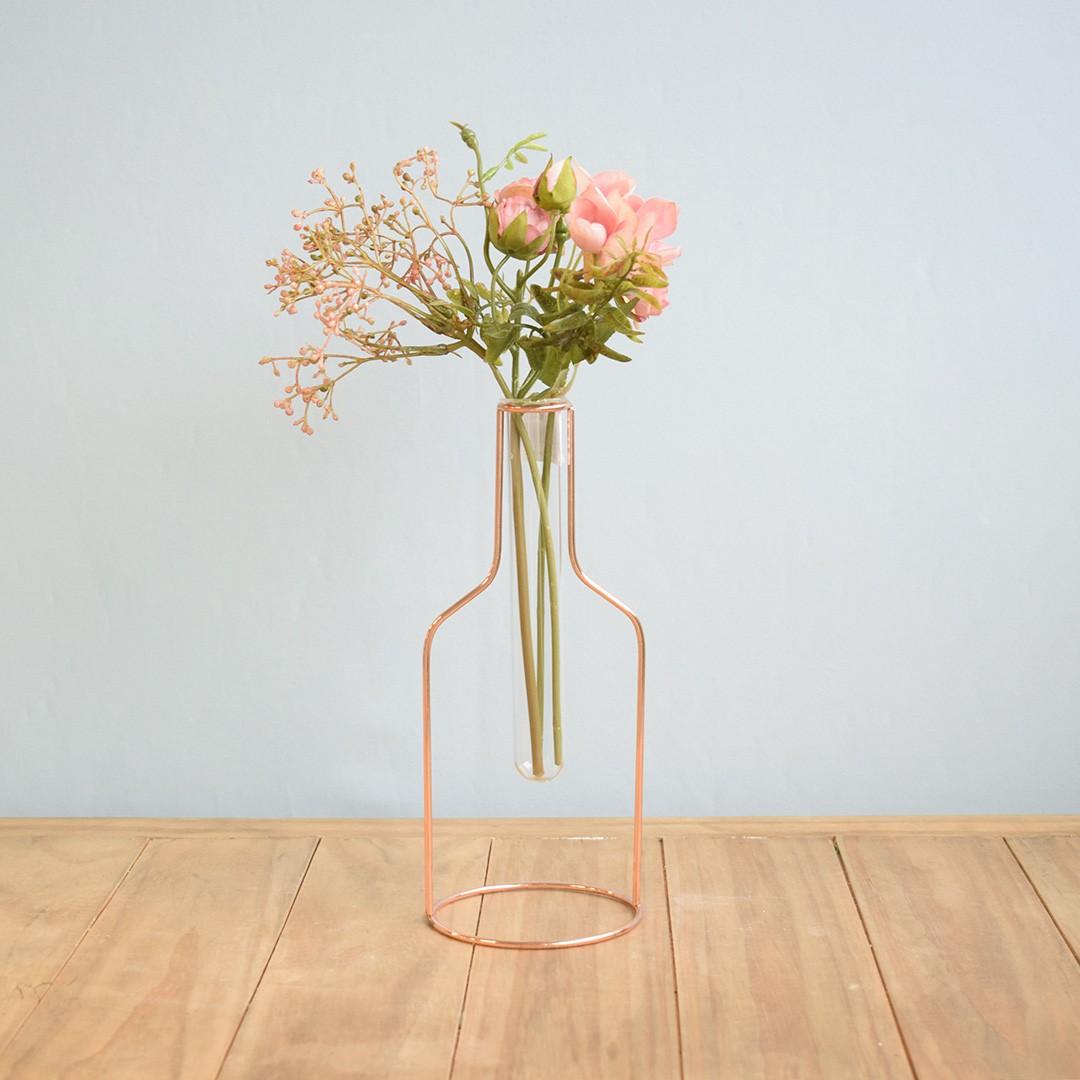 Vasos de Vidro Tubo no Suporte de Metal Rose Gold | Linha Decorações Formosinha
