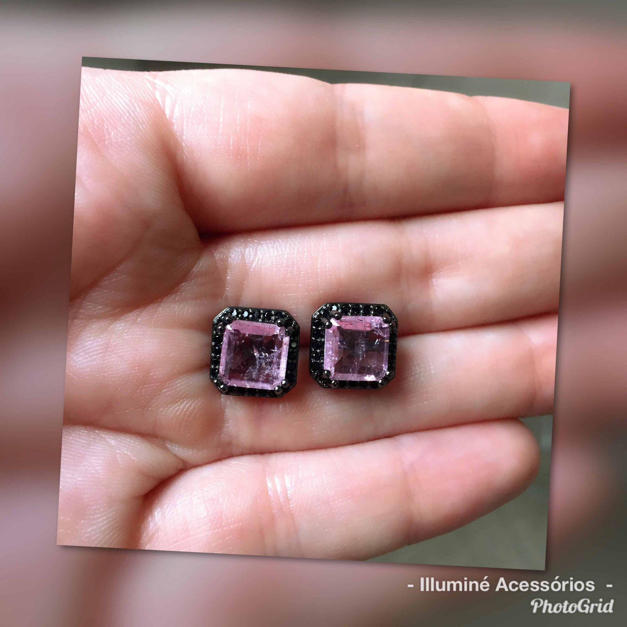 Brinco quadrado rosa e ródio negro